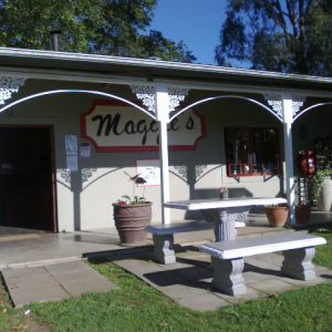 Maggie's Coffee Shop & Country Kitchen